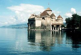 город и озеро в швейцарии